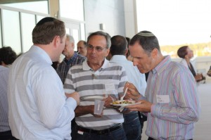 speed-networking-061014-012